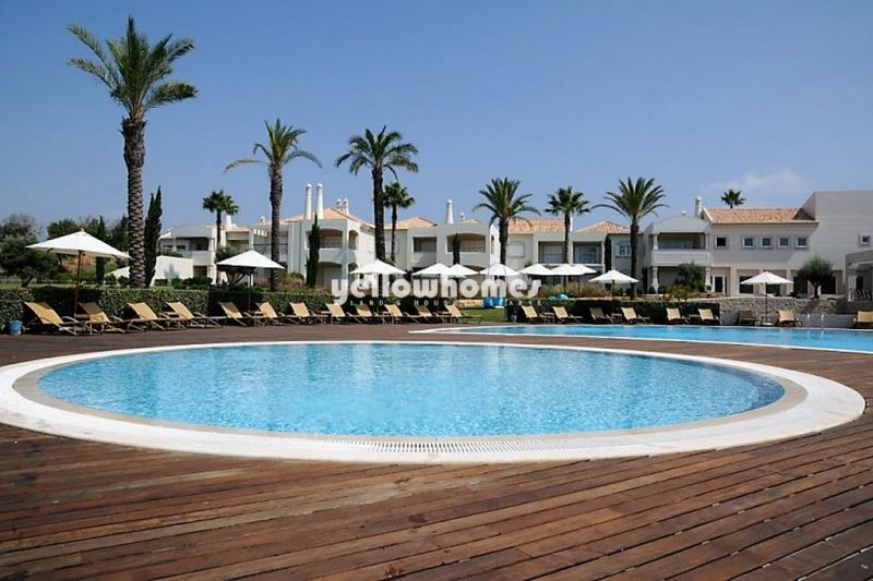 Beautifully appointed 2-bed apartments on a 5 Star resort  close to Carvoeiro